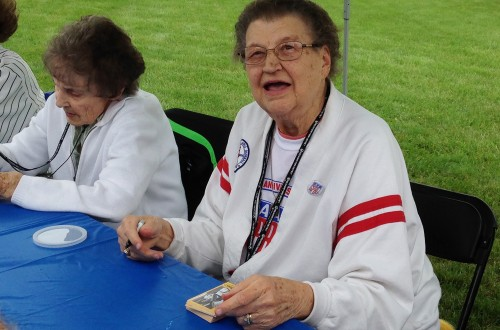 Rockford park's rededication just peachy for womens' baseball pioneers