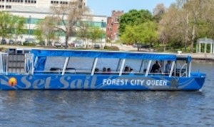 Rockford  Park  District's  Forest  City  Queen  riverboat. (Photo courtesy Go Rockford tourism)