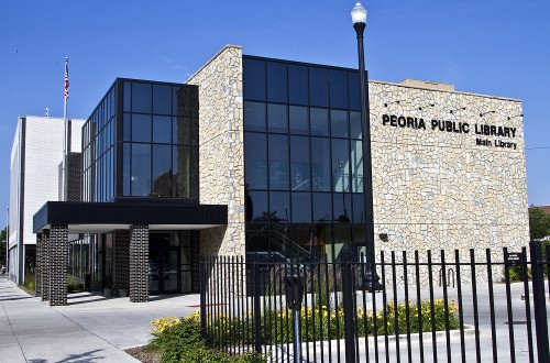 Fundraiser helps Peoria Library celebrate 135th anniversary