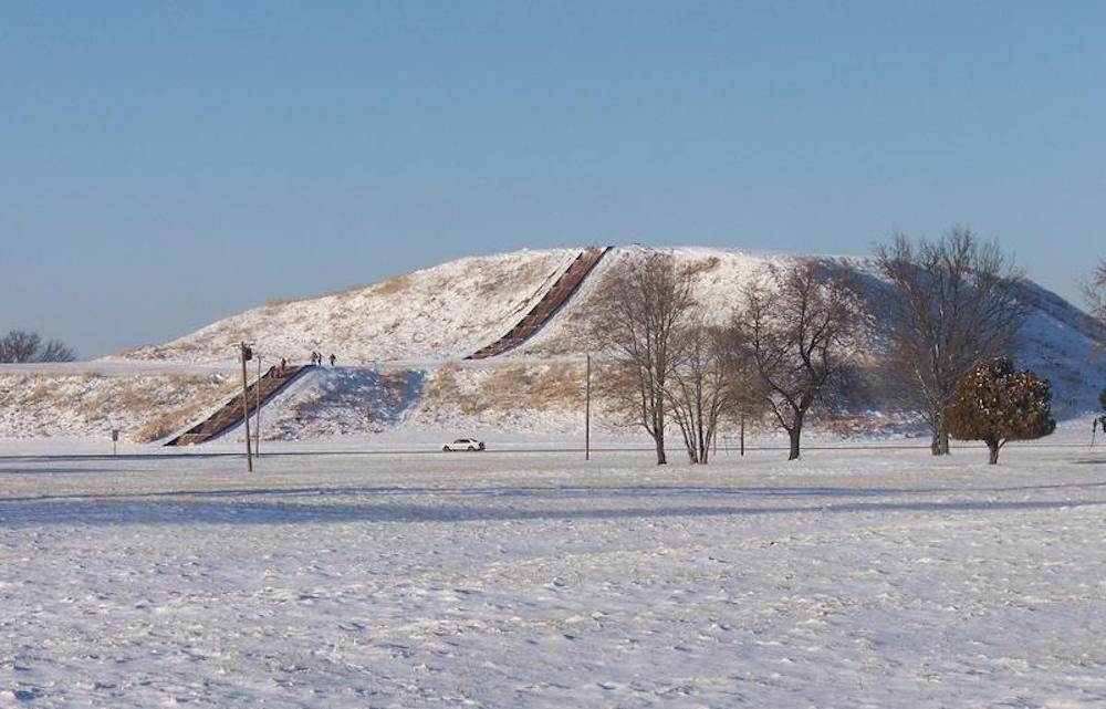 National Monument status sought for Cahokia Mounds State ...