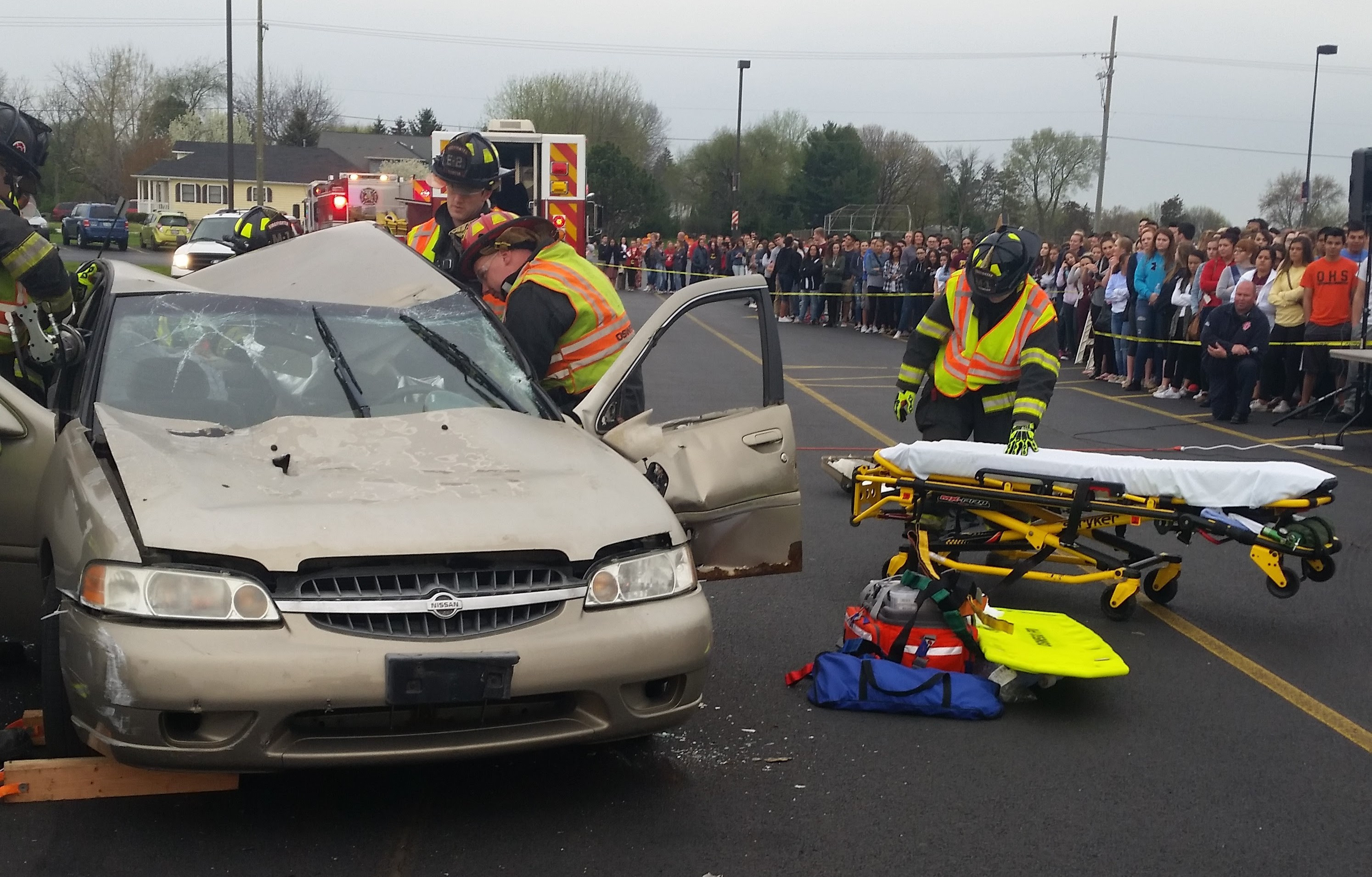 Illinois kendall county oswego - Oswego High School Recently Conducted An Operation Prom Crash Site Scenario To Demonstrate To