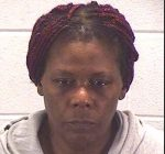 Chicago woman arrested for mugging woman in Aurora