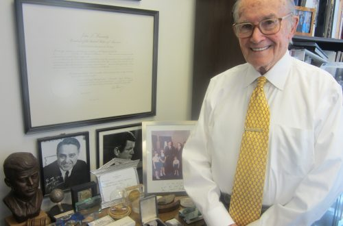 Former FCC chairman Newton Minow baffled by 2016 election