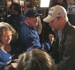 Fans, former Cub stars get an early start on World Series rally