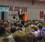 Sanders urges Naperville crowd to get involved in political process