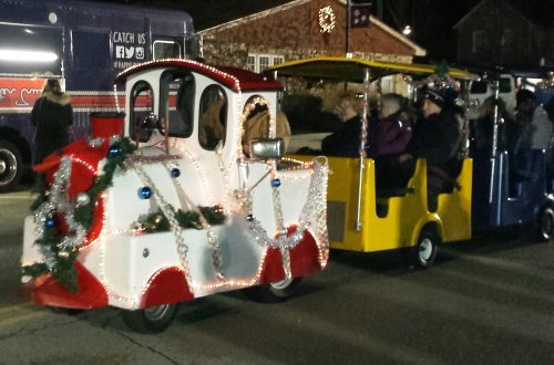 Christmas Walk brings holiday spirit to Oswego