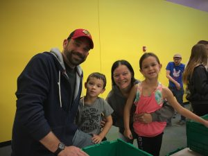 David and Mandi Dekker with their children Lance and Lily.