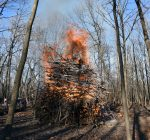 Northbrook welcomes in winter with New Year bonfire