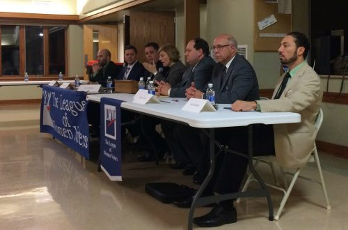 Peoria candidates talk jobs and failing infrastructure before primary