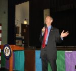 Town hall shows Lipinski at odds with some 3rd Dist. voters