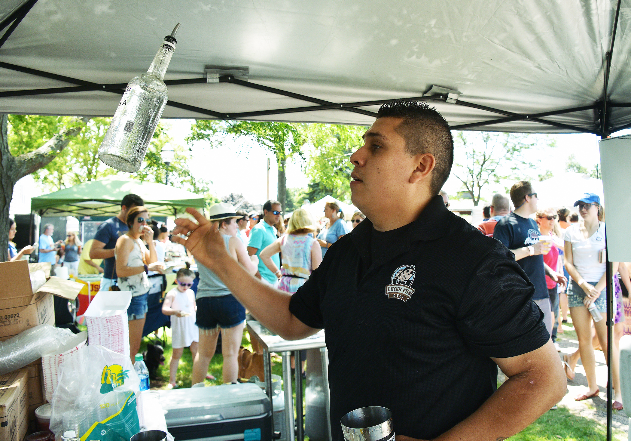 Bloody mary fans get a kick to their sunday at annual fest for Lucky fish northbrook