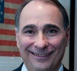 Obama strategist Axelrod warns against political polarization