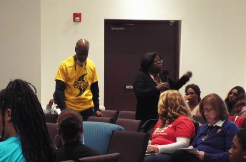 Community forum in Waukegan discusses causes of gun violence