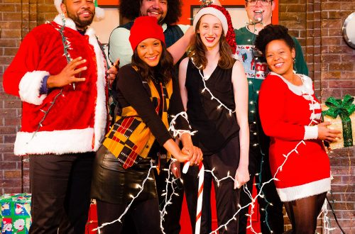Second City holiday show pokes fun at family interactions