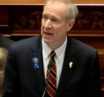 Gov. Rauner targets pensions, insurance costs in budget