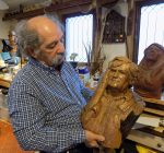 Retired Washington H.S. teacher's calls wood carving his simple joy