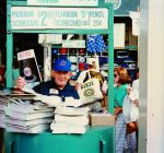 New book takes a look at the hey-hey days of Wrigley Field vendors