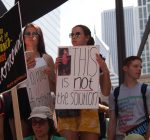 Chicago protesters send clear message on immigration