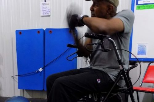 Boxing training club uses therapy to steady Parkinson's patients
