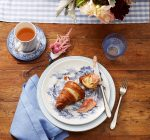 GOOD HOUSEKEEPING REPORTS: Company's coming – Place setting 101