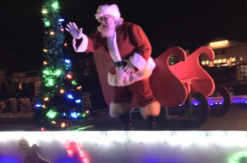 Yorkville welcomes the holidays with a hometown feel