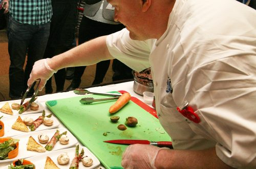 Chefs put culinary skills on the line at Neighborhood House fundraiser