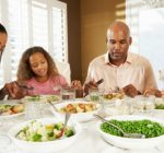 Tips for a healthier family dinner time