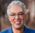 Preckwinkle looks to reduce traffic in county facilities