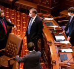 Illinois Senate OKs graduated income tax language for November ballot