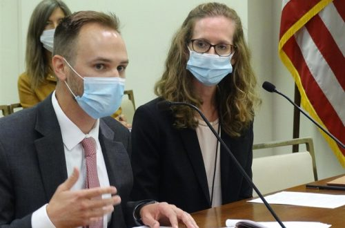 Pandemic aid to start flowing to local governments in Illinois