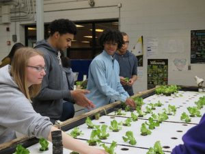 Program supports Illinois urban ag programs, career paths for youth