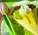CREATIVE FAMILY FUN: Family fresh Key lime pie