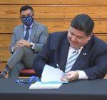 Pritzker signs immigrant protection bills