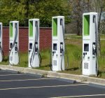 Governors support electric vehicle charging network across Midwest